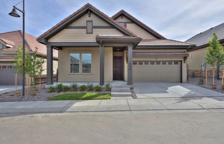 New home at 16020 Atlantic Peak Way by David Weekley 55+ | Anthem Ranch